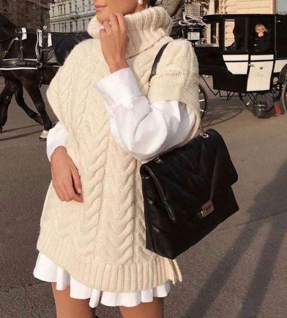sweater_vest_με_μπεζ μάλλινο γιλέκο_λευκό πουκάμισο_