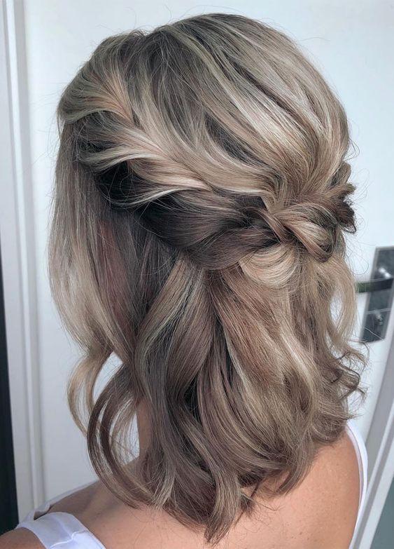 ιδέες_για_χτένισμα_σε_καρέ_μαλλιά_για_την_ημέρα_του_Αγίου_Βαλεντίνου_