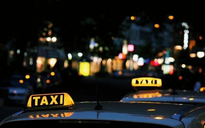 Χαλκίδα: Ανεύθυνος ταξιτζής με κορονοιο δούλευε κανονικά