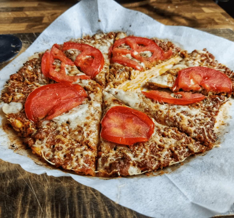 Συνταγή για_ light πίτσα_με_κιμά_κοτόπουλο_