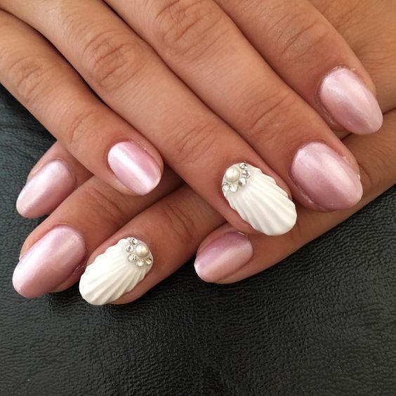 seashell_nails_με_ροζ περλέ_νύχια_