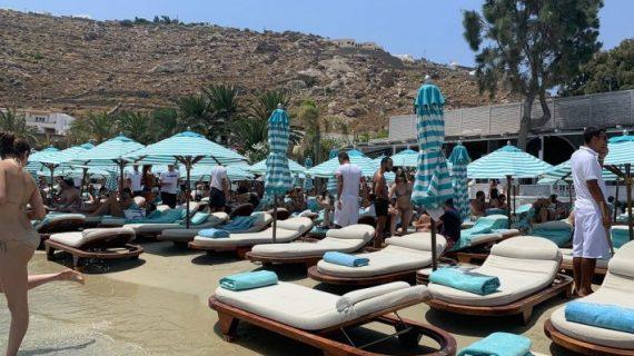 Nammos: Η ευφυής αλλαγή της μικρής ψαροταβέρνας που έγινε το κορυφαίο beach club στον κόσμο (Pics)