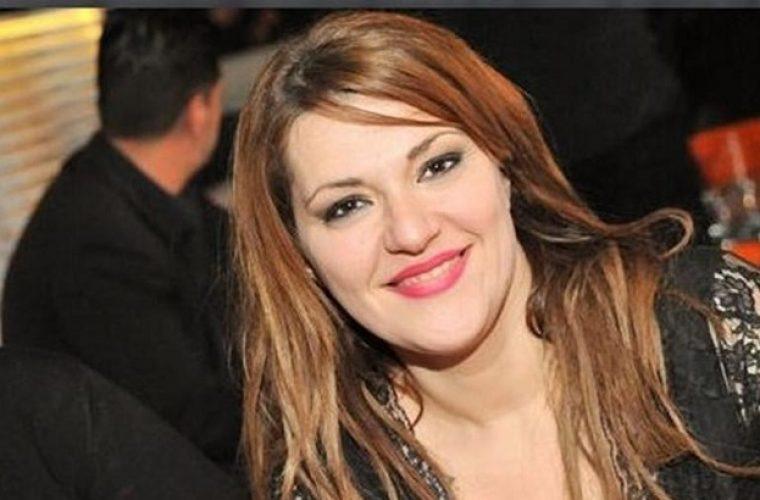 Δεν είναι photoshop: Η Κατερίνα Ζαρίφη έχασε 18 κιλά και το πανηγυρίζει με μία της φωτογραφία!