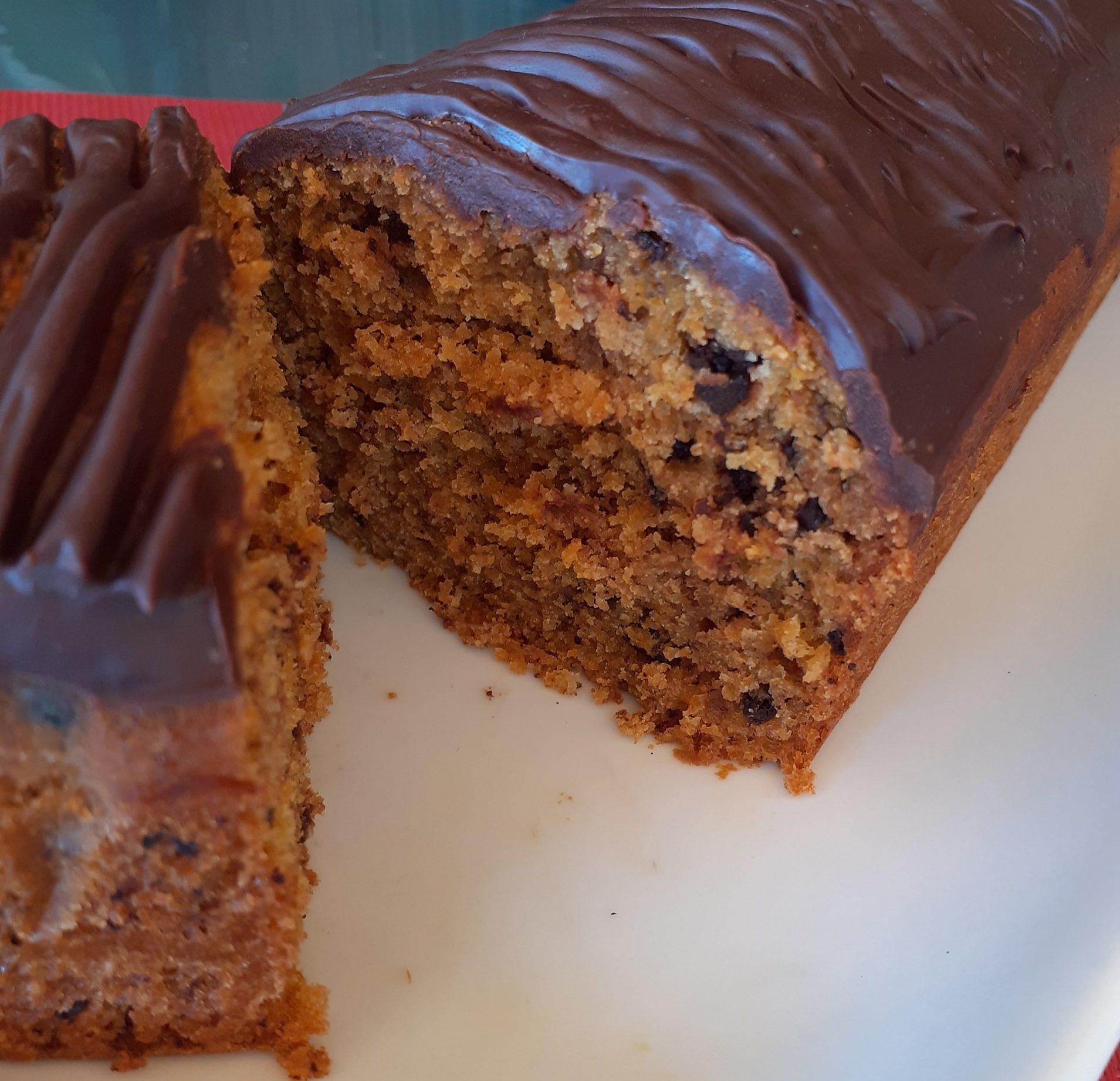 Κέικ καρότου με σταγόνες σοκολάτας