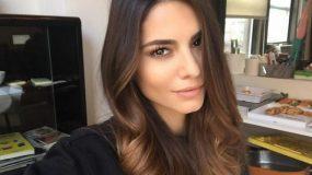 Το απλό τρικ που υιοθετούν οι Ελληνίδες παρουσιάστριες για όγκο στα μαλλιά!