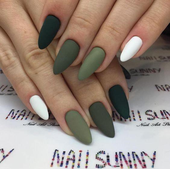 Νυχια Μαρτιου _πράσινα_νύχια_με_λευκά_ματ_
