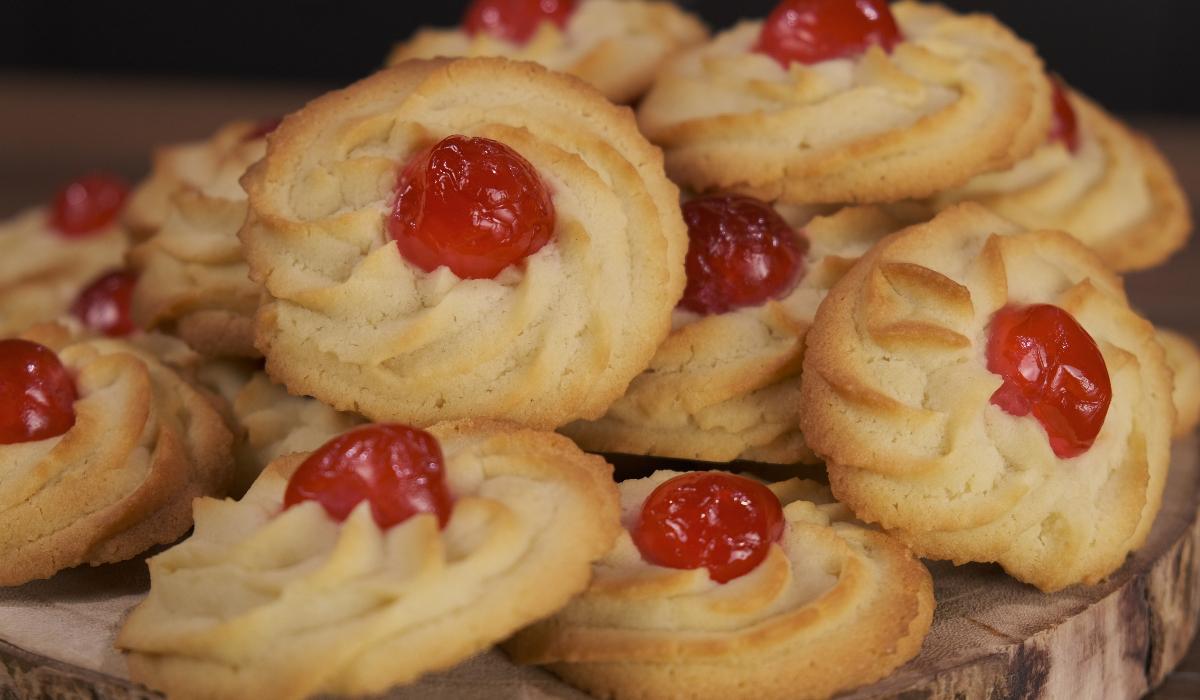 Συνταγή για μπισκότα βουτύρου με κορνέ από το Live Kitchen_