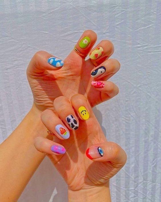 indie nails_τάσεις_στα_νύχια_Άνοιξη_Καλοκαίρι_