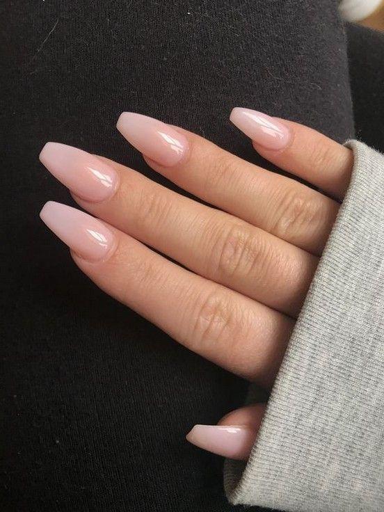 nude νύχια_τάσεις_στα_νύχια_Άνοιξη_Καλοκαίρι_