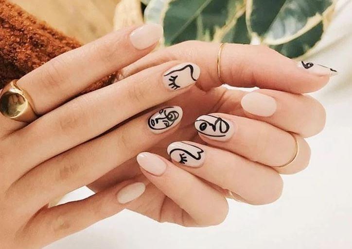 οβάλ_σχήμα_νύχια_τάσεις_στα_νύχια_Άνοιξη_Καλοκαίρι_