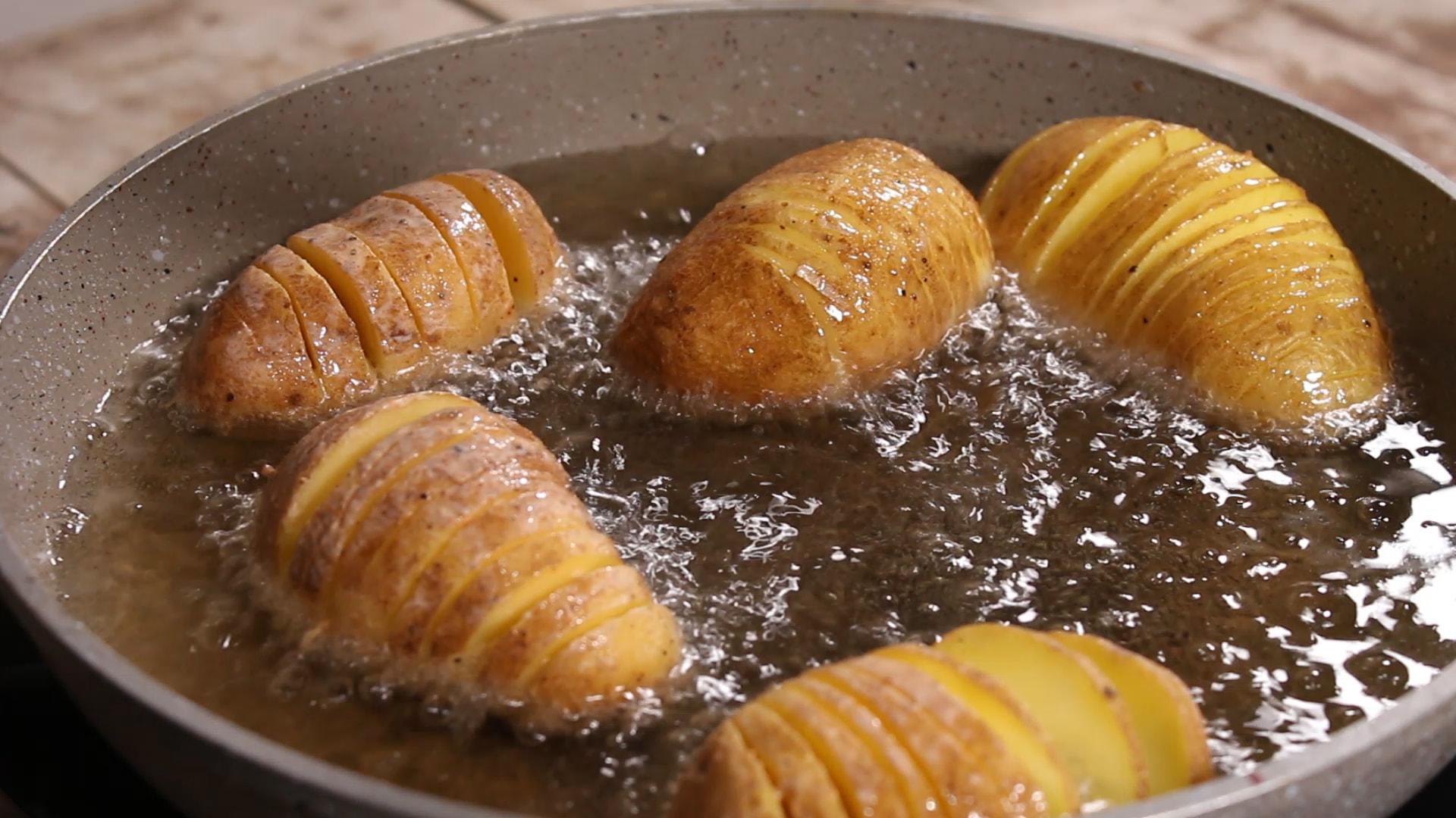 Τηγανιτές πατάτες ακορντεόν γεμιστές_