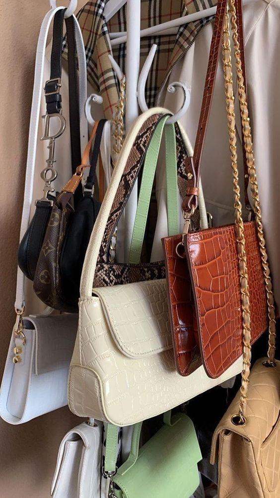 οργάνωση_τσάντας_στο_σπίτι_