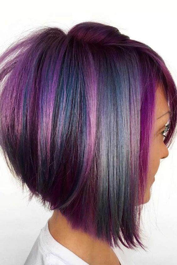 μοβ_καρέ_μαλλιά_με_μπλε_ανταύγειες_