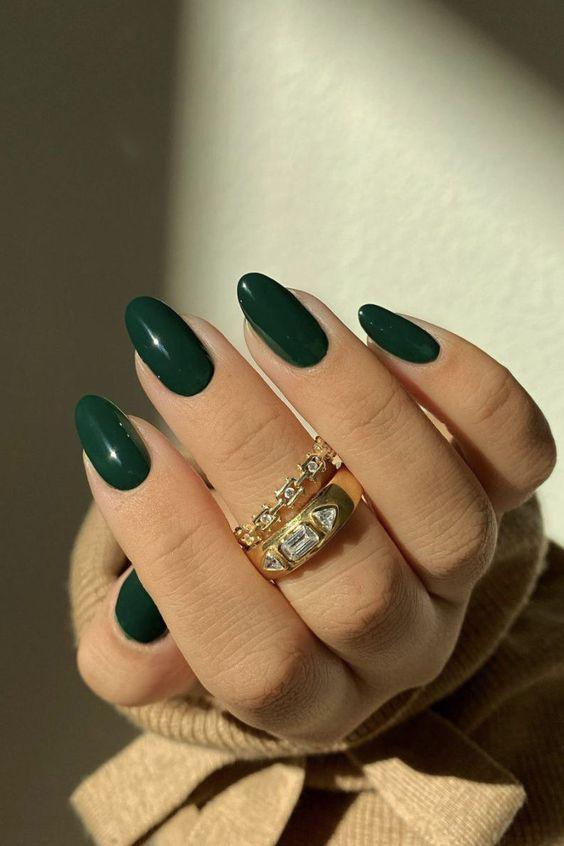 ιδέα_για_πράσινα_νύχια_ Νύχια Απριλίου_