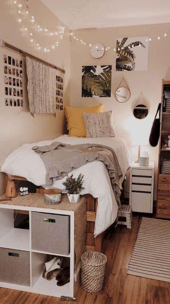 room decor aesthetic_με_λευκά φωτάκια_