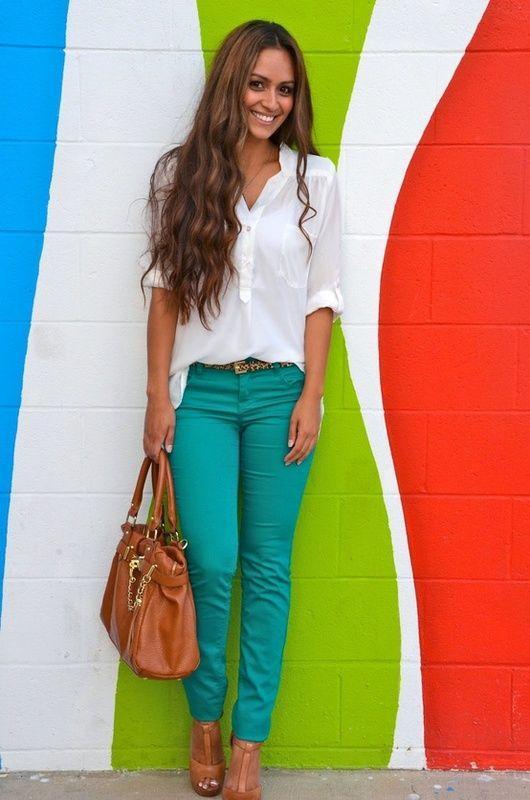 Denim trends_γυναικεία_jean_σε_πράσινο_χρώμα_τάσεις_