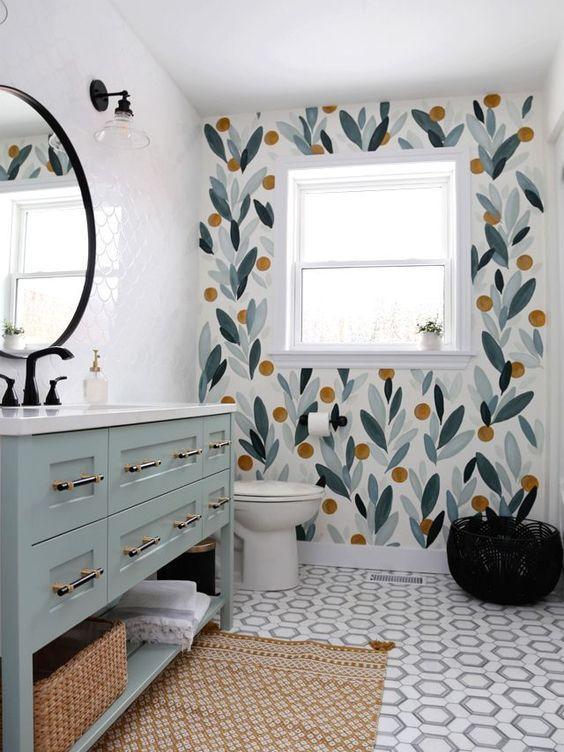 πράσινα_λουλούδια_ζωγραφισμένα_στο_μπάνιο_