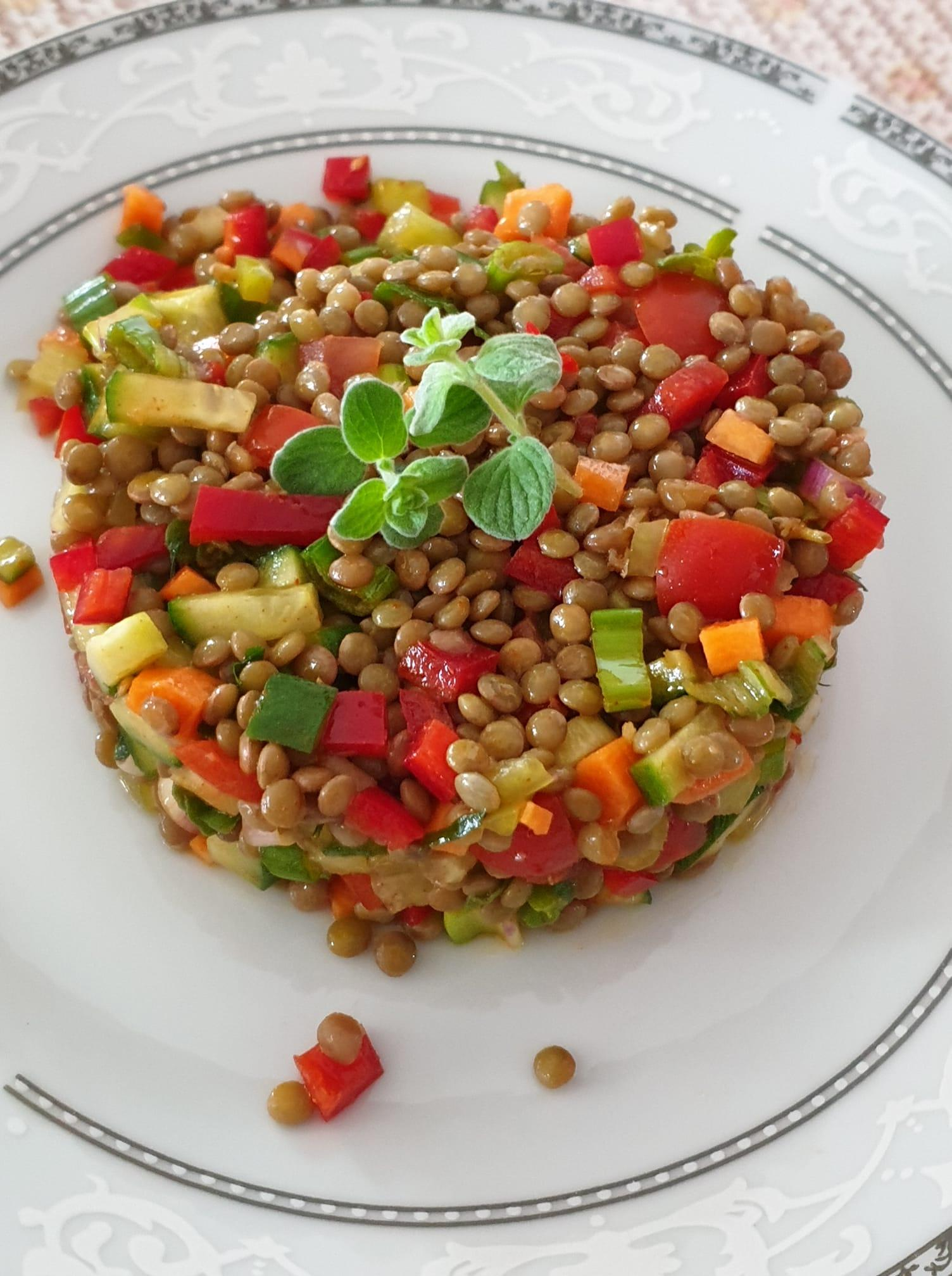 Φακές_ σαλάτα_με_ λαχανικά_ Συνταγή_