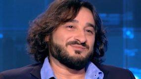 Ο Βασίλης Χαραλαμπόπουλος ξυρίστηκε αλλά άφησε μουστάκι ξανά! (εικόνα)