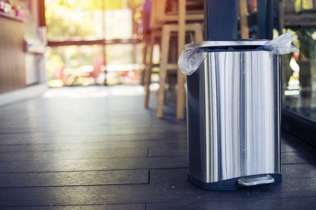 καθαρίστε_τον_κάδο_σκουπιδιών_
