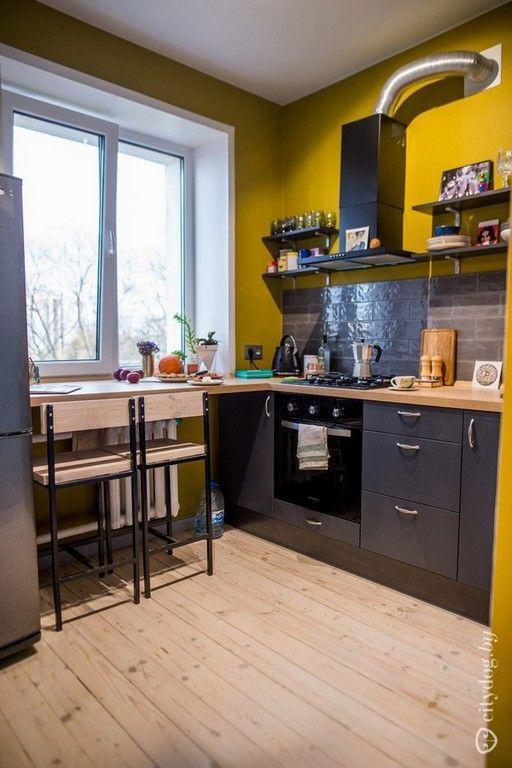 κίτρινοι_τοίχοι_στην_κουζίνα_και_γκρι_ντουλάπια_