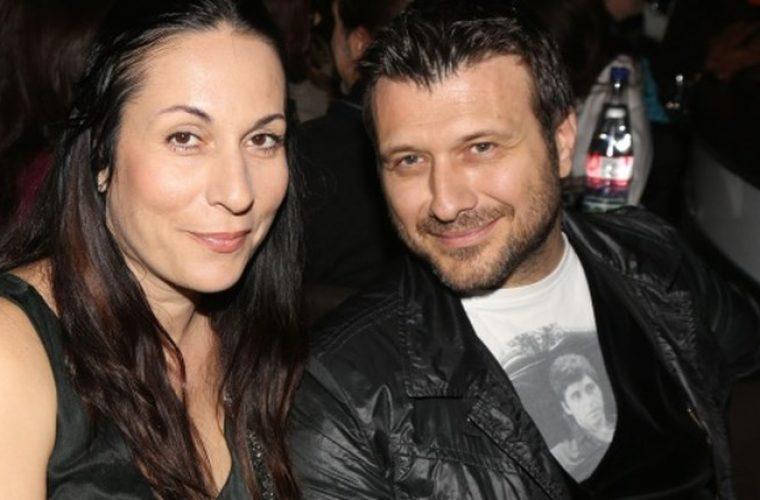 Γιάννης Πλούταρχος: Η σύζυγός του ποζάρει με τις τρεις κόρες τους! (εικόνα)