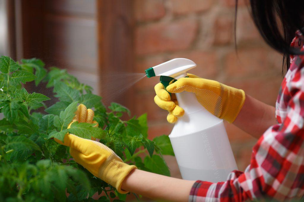 φροντίστε_τον_κήπο_με_depon_