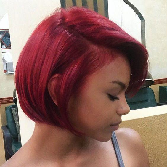 Μαλλιά _σε_ βαθύ_ κόκκινο_Καρέ_