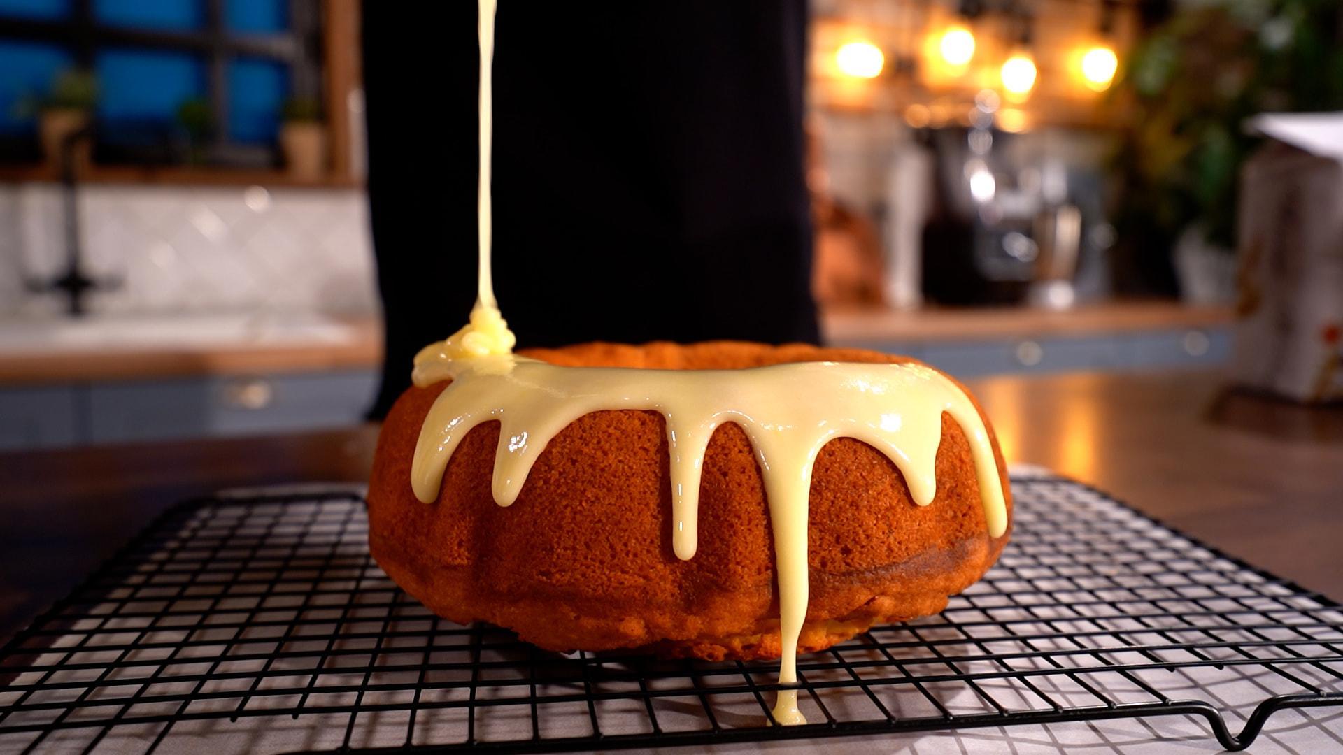 Αφράτο νηστίσιμο κέικ πορτοκαλιού (ΧΩΡΙΣ ΜΙΞΕΡ)