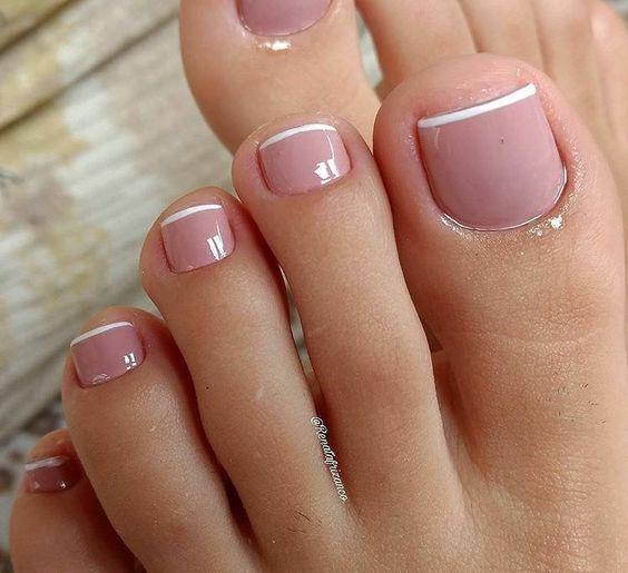 γαλλικό_πεντικιούρ_σε_ροζ_χρώμα_