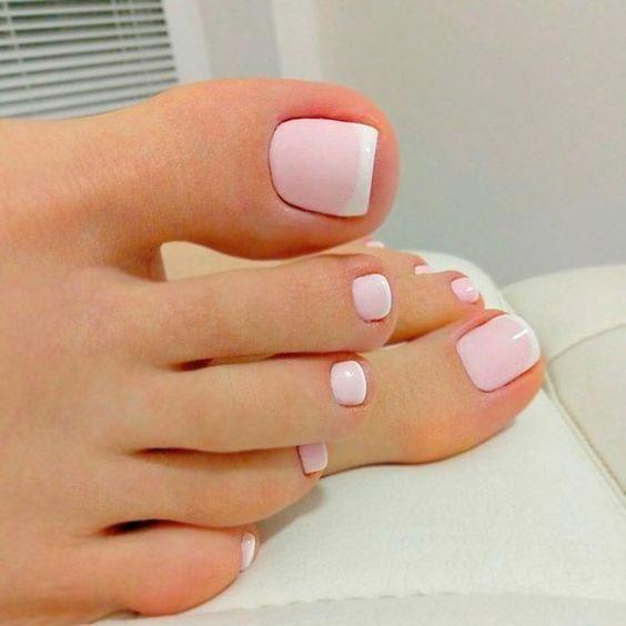 ιδέα_για_γαλλικό_πεντικιούρ_σε_ροζ_χρώμα_