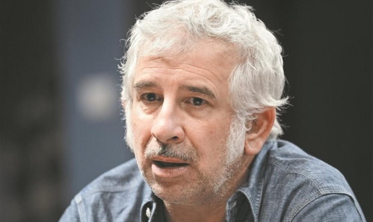 Πέτρος Φιλιππίδης :  Επίθεση Ρουβίκωνα στο σπίτι του