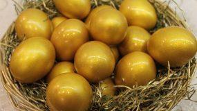 Πως να βάψεις χρυσά Πασχαλινά αυγά_