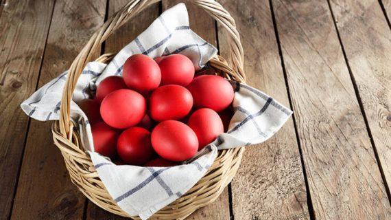 Κόκκινα αυγά: Πόσο διατηρούνται τα βαμμένα αυγά;