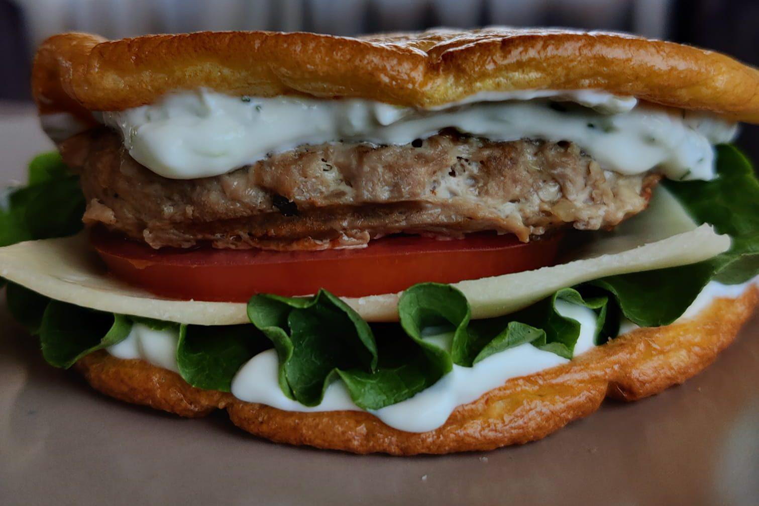 Χάμπουργκερ με cloud bread