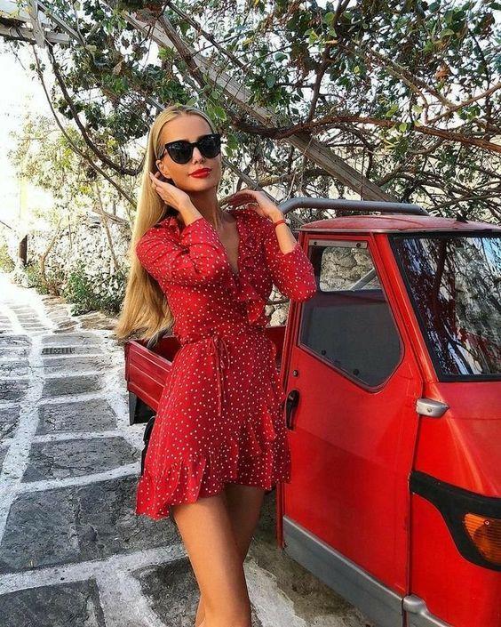 κόκκινο_πουά_φόρεμα_
