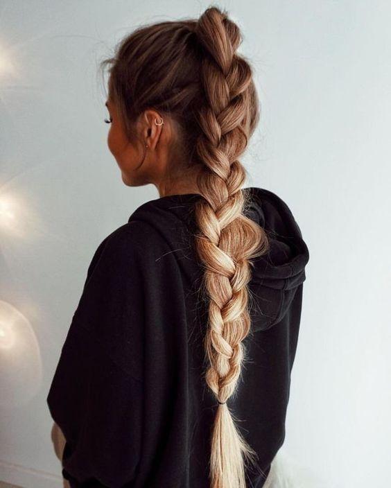 πλεξούδα_σε_μακριά_μαλλιά_