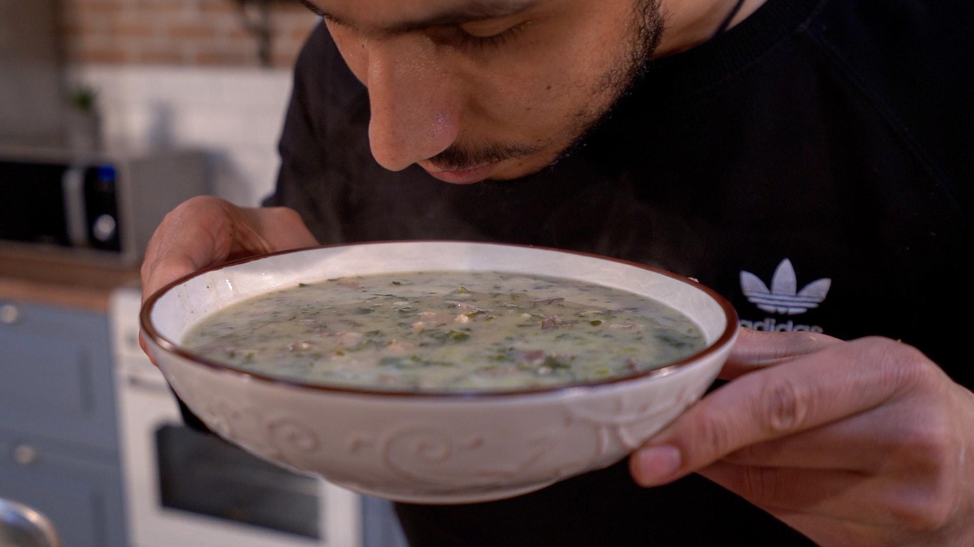 Εύκολη Παραδοσιακή Μαγειρίτσα του Δημήτρη Μιχαηλίδη με όλα τα μυστικά