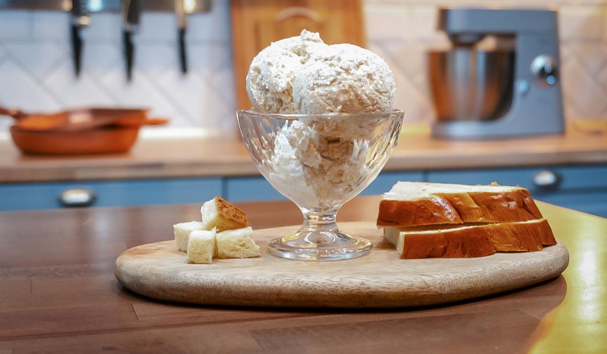 Παγωτό Τσουρέκι με τα περισσεύματα _