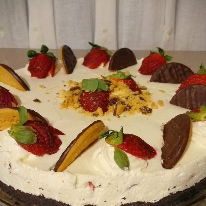 Φραουλένιο_ Cheesecake_ με_ λευκή _σοκολάτα_
