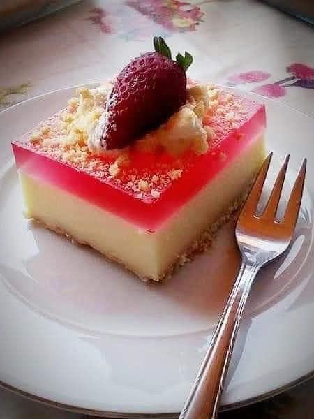 γλυκό_ψυγείου_με_ζελέ_σε_πυρέξ_