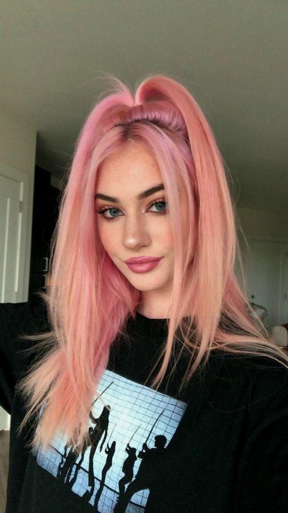 ροζ μαλλιά_μισά_πάνω_μισά_κάτω_