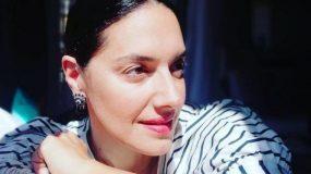 Νόνη Δούνια: «Του χρόνου κλείνω τα 50. Θα αποδεχτώ τον εαυτό μου με τις ρυτίδες του»