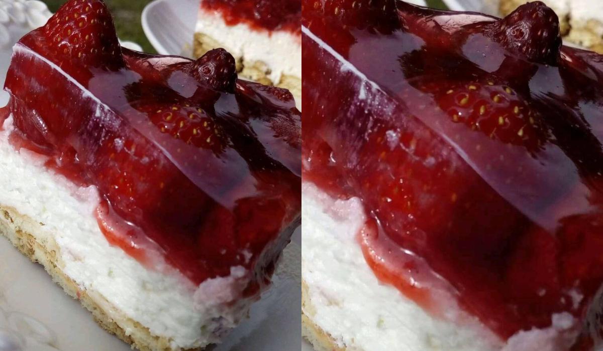 Εύκολο γλυκό ψυγείου με σώς φράουλας_