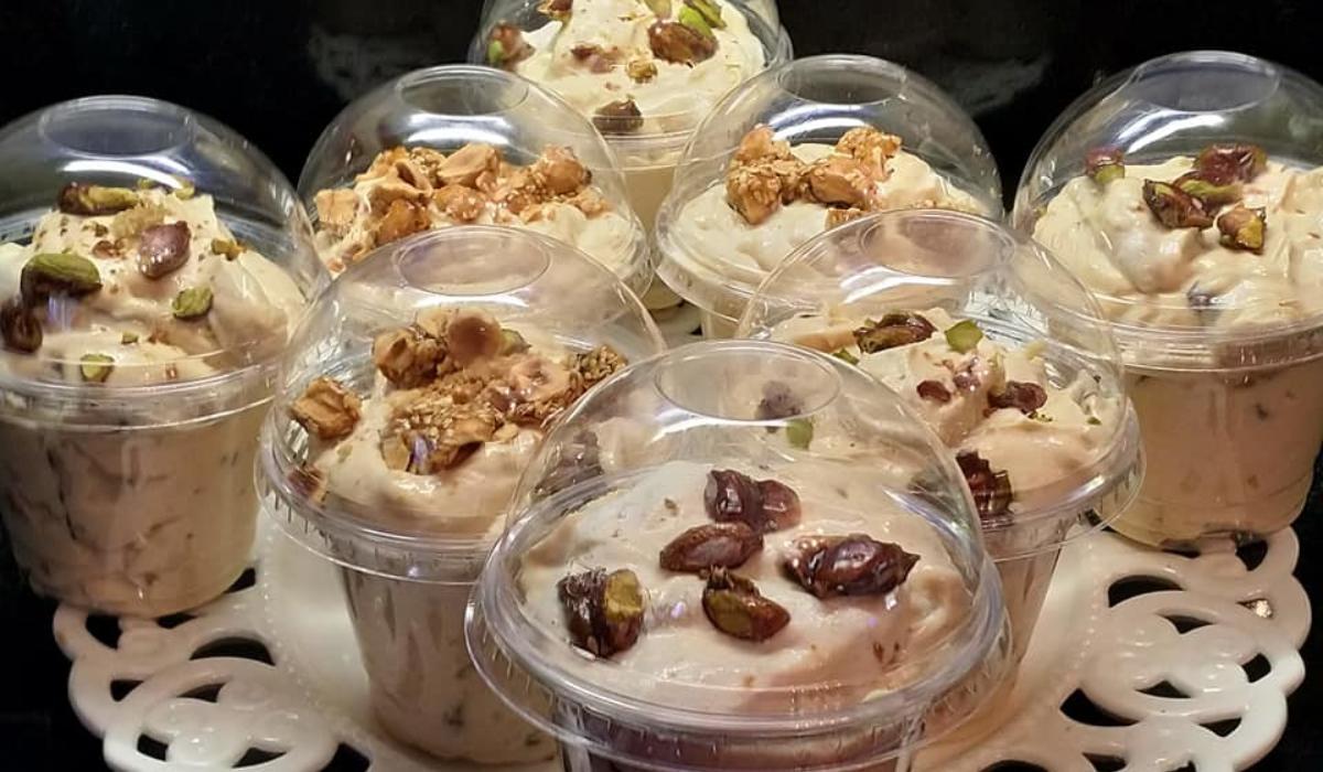 Frozen yogurt_με_καραμελωμένους ξηρούς καρπούς_