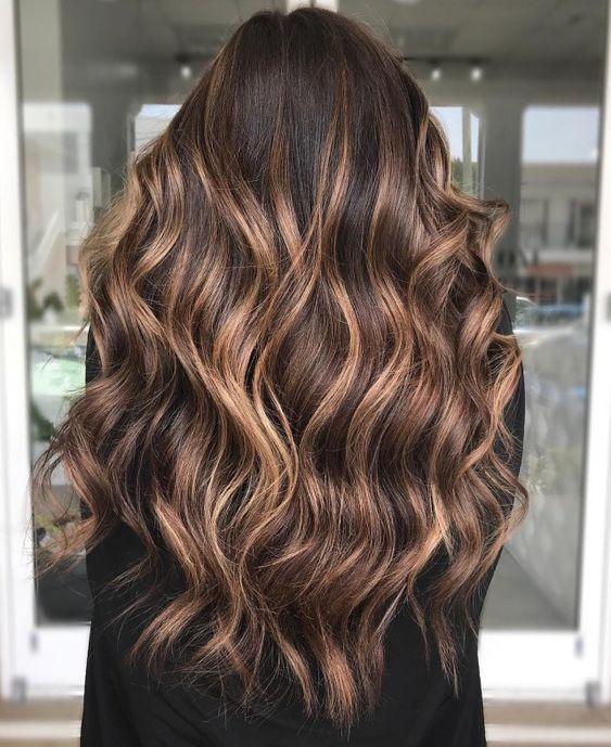 μπαλαγιάζ_στα_μαλλιά_