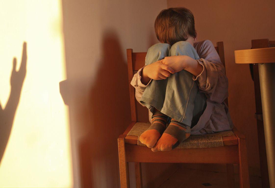 Φρίκη: Πήγε να κρατήσει τον εγγονό του και ασέλγησε πάνω του