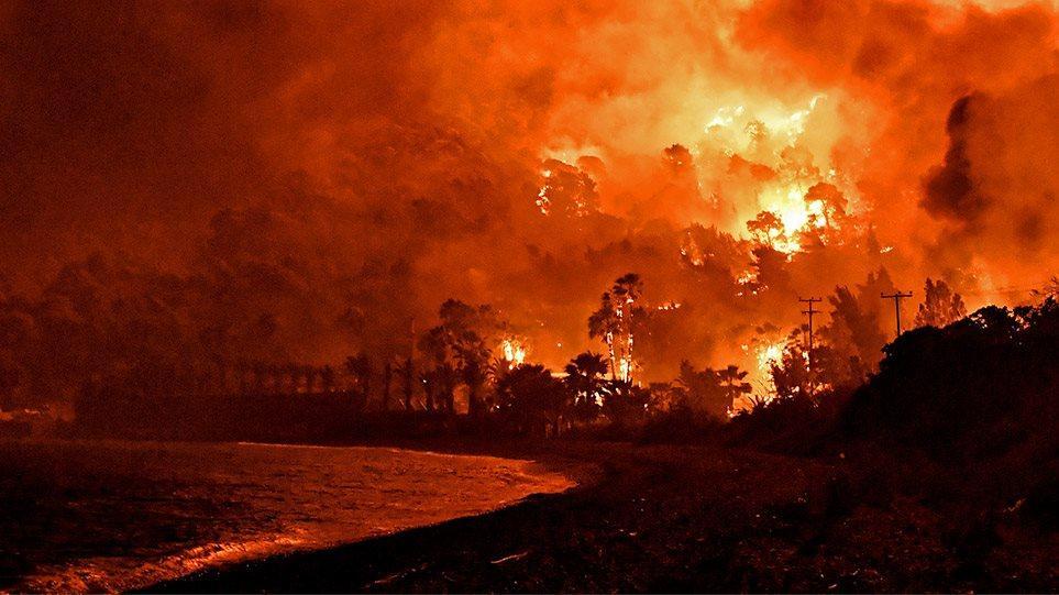 Φωτιά στην Κορινθία: Για εμπρησμό μιλάει η Πυροσβεστική