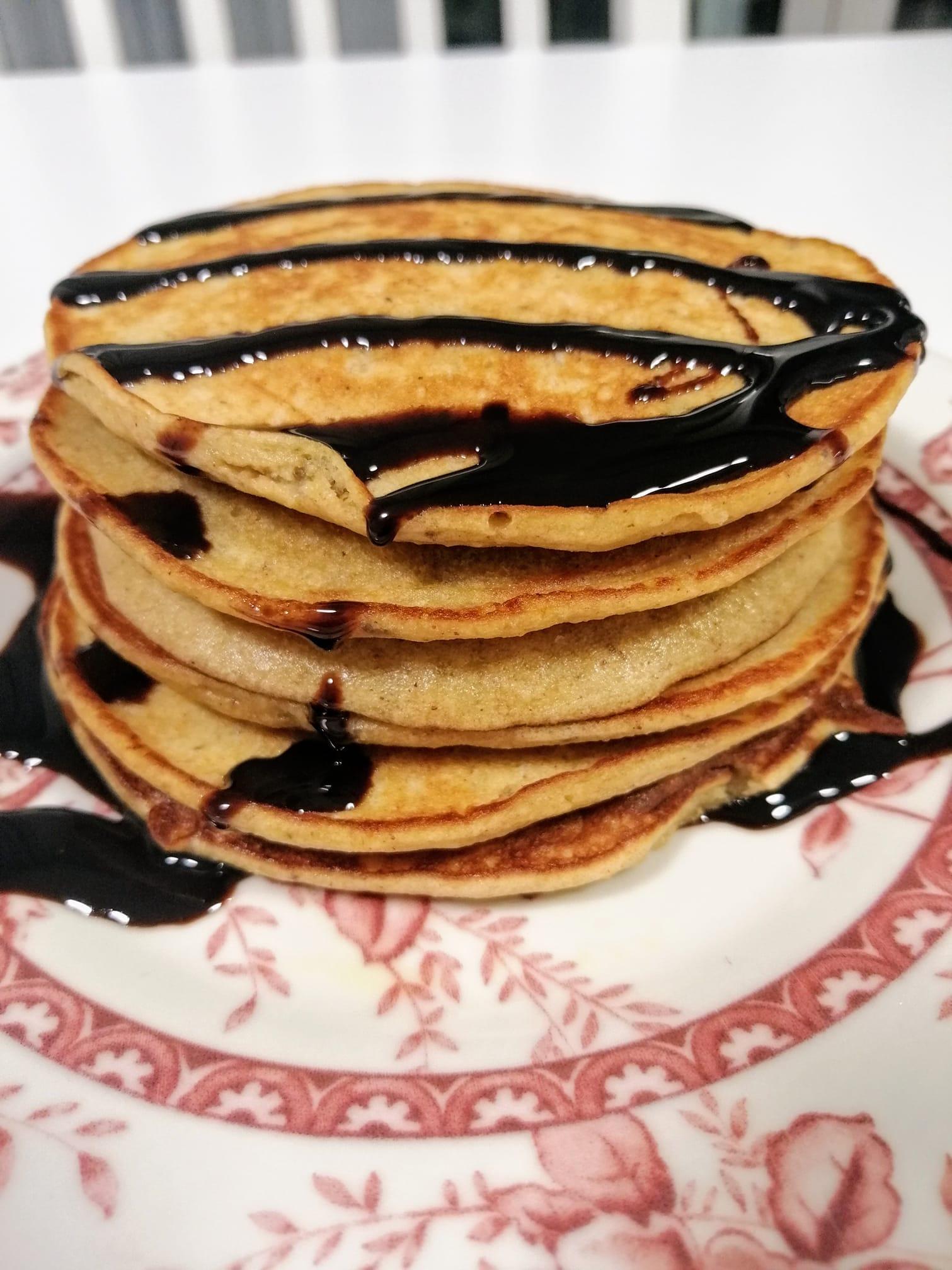 Pancakes_με βρώμη_και_μπανάνα_