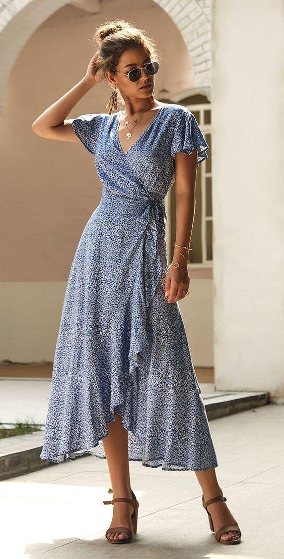 μπλε_φόρεμα_με_σκίσιμο_